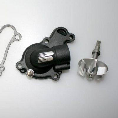Boyesen SUPERCOOLER Wasserpumpendeckel und Impellerkits Yamaha YZ 450F 14-19 Schwarz