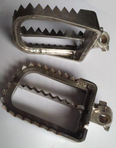 "Stainless Fußrasten ""Superwide"" Kawasaki KX 125 250 88-96 / KX 500 88-04"